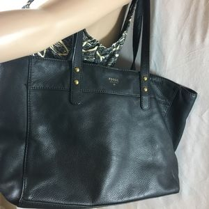 FOSSIL BLACK LEATHER LARGE TOTE HANDBAG